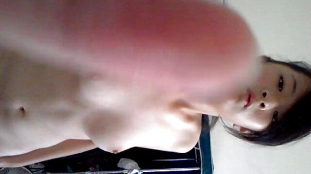 Due bella pornoitaliano video gratis cagna leccare fighe